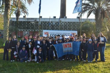 Cientos de niños vivieron un día de campo en el INTA Concordia