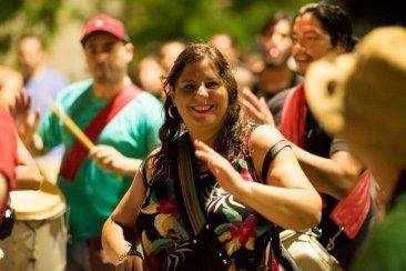 En la plaza Urquiza el año fue recibido con alto candombe