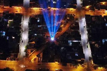 Un reconocimiento lleno de luces para los que trabajan en plena emergencia