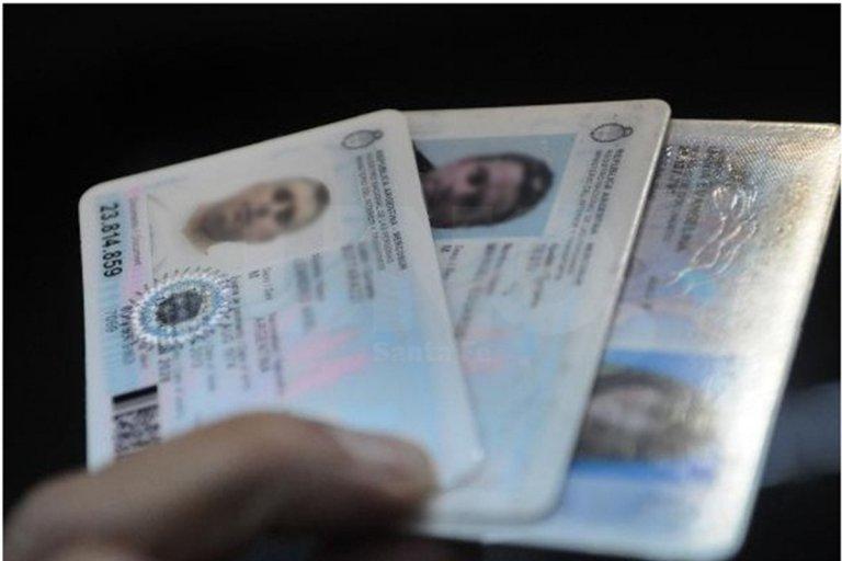 El horario especial será para entregar documentos de identidad.