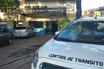 Denuncian que la Central de Tránsito cuenta con un solo vehículo para poder trabajar