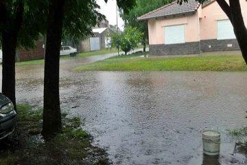 TEMPORAL: Un diluvio de lluvia y viento trajo complicaciones en Basavilbaso