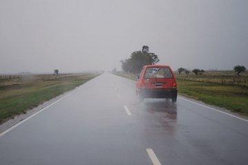 Las lluvias no cesan y complican los trabajos de Vialidad Provincial