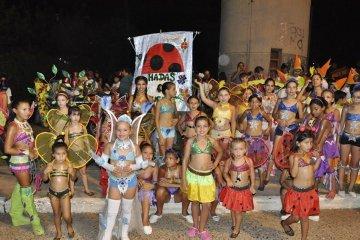 """Más de 1.200 niños desfilarán en la presentación del carnaval """"Pequeños duendes"""""""