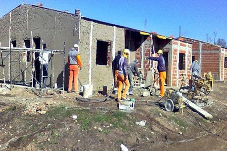 Una empresa entrerriana confirmó que despedirá 100 trabajadores de la construcción