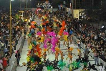 Se confirmó que los desfiles de carnaval darán comienzo este viernes en Federación