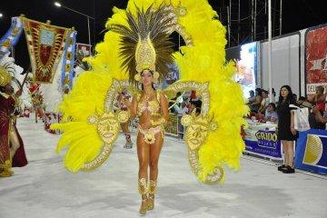 Con un gran marco de público comenzaron los Carnavales 2017 en Federación