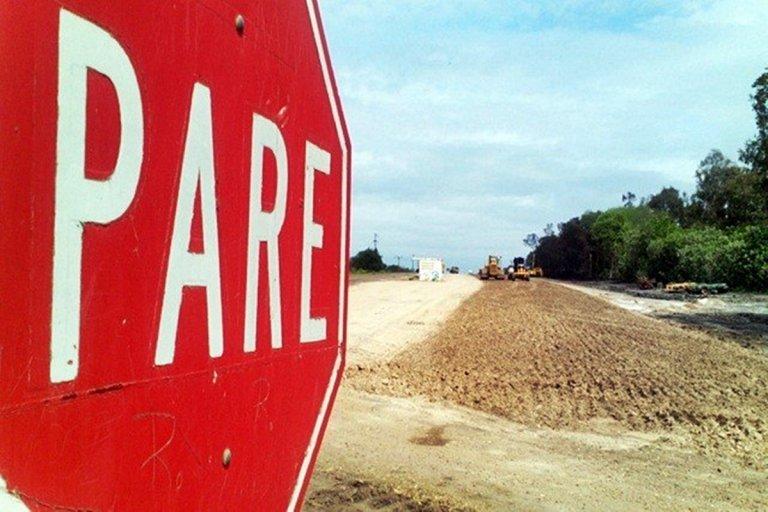 Los trabajos de la Autovía traen potenciales peligros.