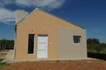 Desalojaron viviendas sociales que habían sido revendidas en Chajarí