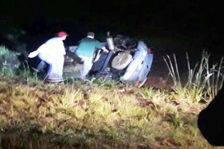Se registraron daños materiales en el vehículo.
