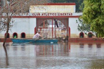 Contra todos los pronósticos el río Uruguay volvió a crecer en Concordia