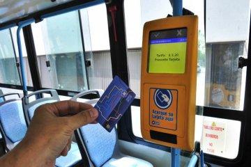 Señalan que el uso de las tarjetas magnéticas en los colectivos reforzaría la seguridad