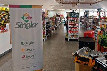 Singlar transforma el concepto de ferretería y propone un supermercado de herramientas