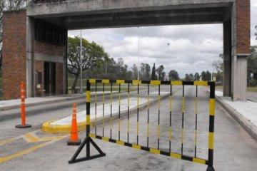 Concordienses y salteños piden una flexibilización de frontera en el puente de la represa