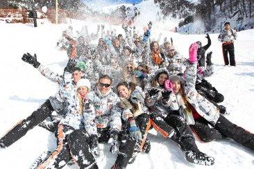 Ante el costo de los viajes a Bariloche los egresados buscan otros destinos
