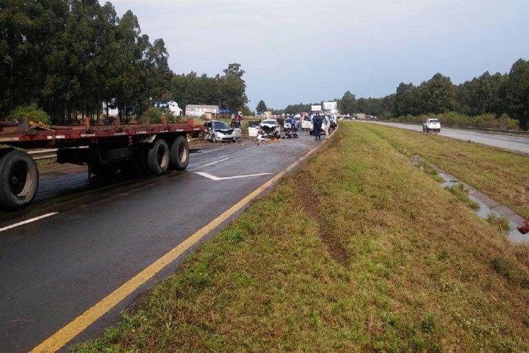 Los ocupantes de ambos vehículos fueron trasladados al nosocomio federaense.