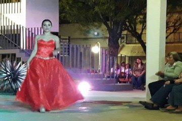 Con un gran marco de público Chajarí se vistió a la moda