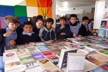 Este martes se entregarán libros y kits educativos a establecimientos escolares