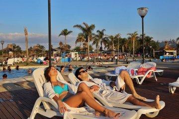 El nivel de reservas para el fin de semana largo trae esperanzas al sector turístico provincial