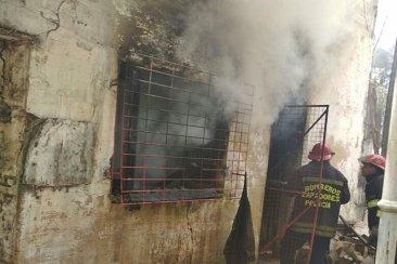 Una conexión eléctrica precaria habría originado el incendio de una vivienda