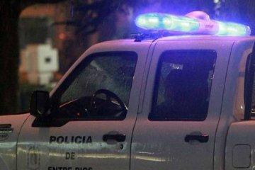 Un hombre fue encontrado sin vida en la via pública y se investigan las causas del deceso