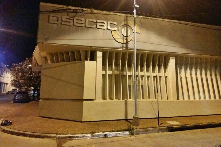 El último golpe fue contra los consultorios de OSECAC de calle Damián P. Garat