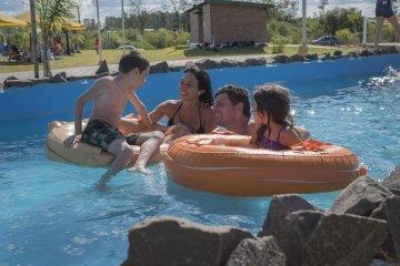 Bordet destacó el desarrollo de la temporada turística en Entre Ríos