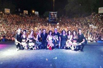"""""""Lali"""" Espósito brilló sobre el escenario de la Fiesta Nacional del Lago"""