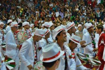 VIDEOS: Los cuatro shows de baterías del primer desfile de carnaval