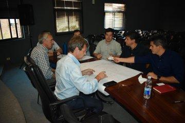 Provincia avanza en reuniones con el BID para el saneamiento del Río Uruguay