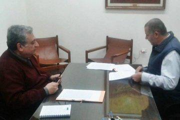CODESAL firmó un convenio con la Facultad de Ciencias de la Adminsitración de la UNER