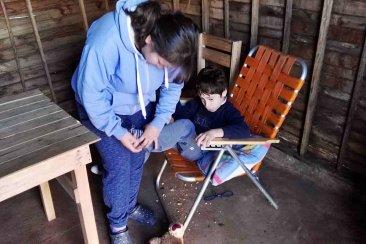 Noelia necesita una casa digna para su hijo con hidrocefalia