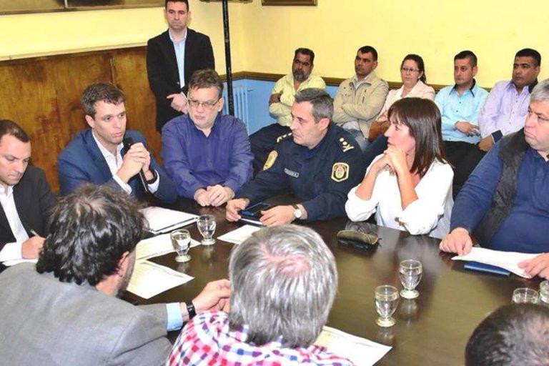 El ministro Grane presente en la reunión del Consejo Municipal de Seguridad.