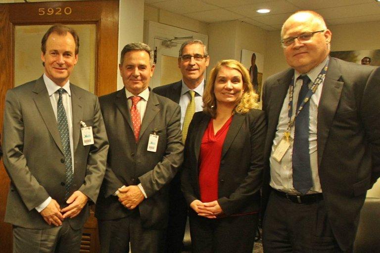 Bordet y Caprarulo reunidos con autoridades sanitarias norteamericanas