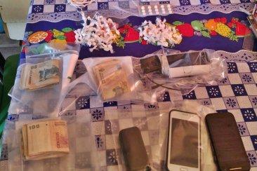 La policía secuestró más de cien envoltorios de cocaína en Concordia