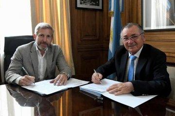 Cecco firmó con Nación un convenio para la ejecución de 106 viviendas en Federación