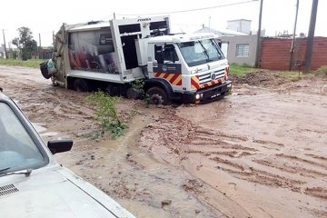 Las lluvias empeoraron la transitabilidad en cercanías del hospital Masvernat