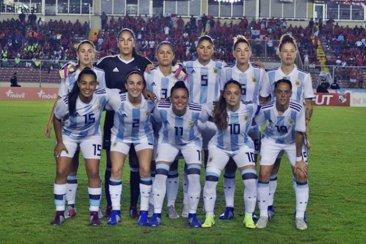 Argentina clasificó al Mundial con una concordiense en cancha