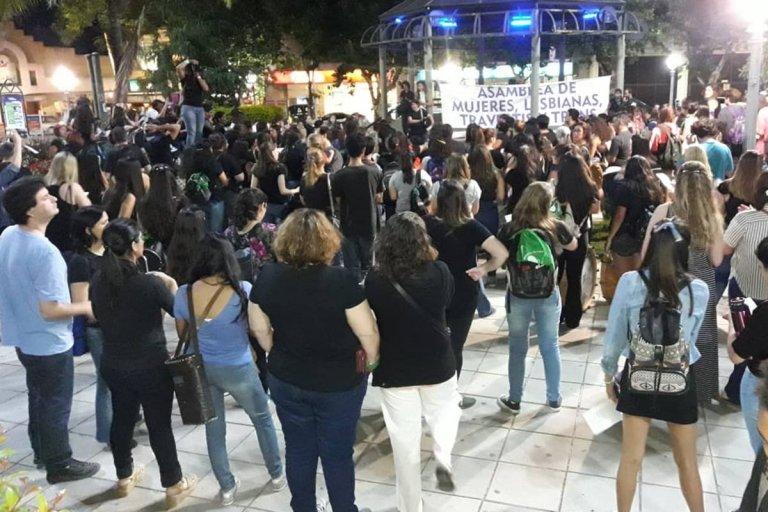 Importante convocatoria en la plaza 25 de mayo