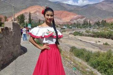 Una joven de Pedernal fue coronada en la elección de la Embajadora Nacional y Sudamericana del Turismo y la Cultura