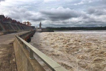 En Uruguay adjudican el apagón a la Argentina y hay una primera explicación que incluye a Salto Grande