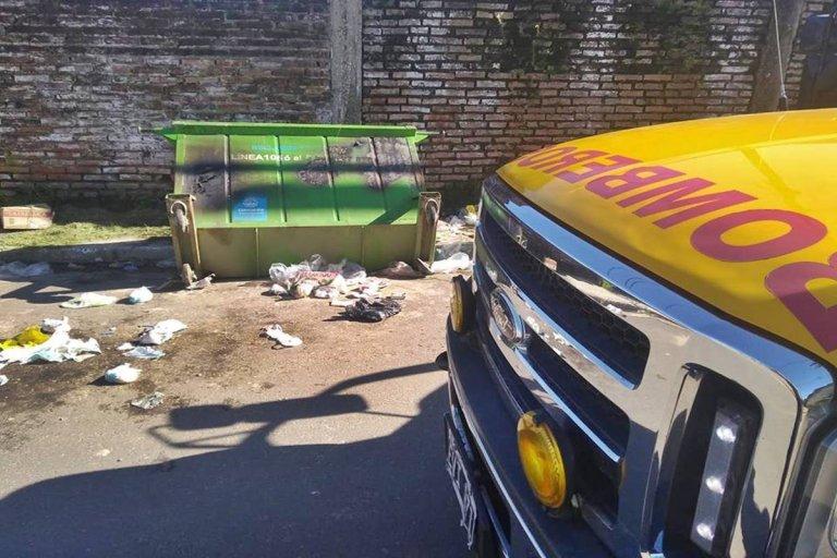 Los contenedores de residuos siguen siendo vandalizados
