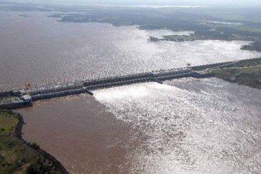 Salto Grande informó que el río podría superar los 10 metros
