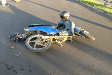 Un motociclista fue derivado de urgencia a Concordia tras impactar contra una palmera