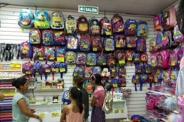 Los precios son determinantes a la hora de armar la canasta escolar