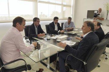 Arandaneros se reunieron con Bordet para analizar una mayor competitividad del sector