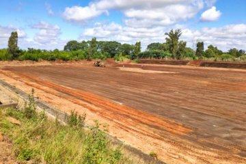 Comenzaron los trabajos de nivelación en el futuro estadio de fútbol del Polideportivo