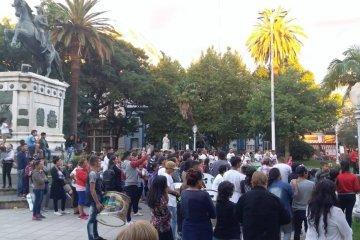 Familiares y amigos de víctimas de diversos hechos delictivos marcharon pidiendo justicia