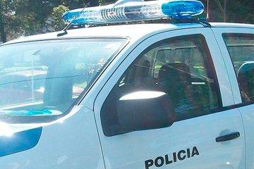 Motociclistas quisieron fugarse de un control policial porque circulaban con cebollines de cocaína