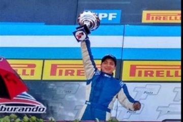 El concordiense Luciano Martínez otra vez en el podio del Turismo Pista
